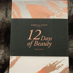 Isabella Scott brushes